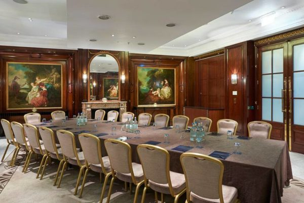 http://The%20Waldorf%20Hilton%20Corporate%20Events,%20Executive%20Boardroom