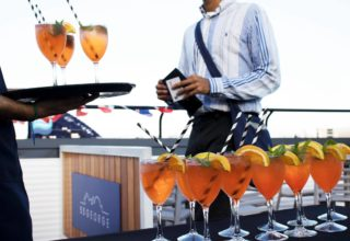 Rydges Sydney Harbour Social Parties, The Bar