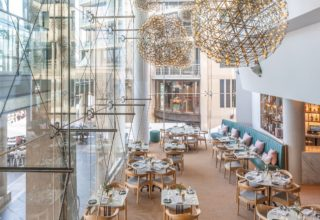 Pullman Quay Grand Sydney Harbour, Q Dining Restaurant