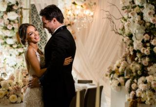 Wedding-couple-at-The-Tea-Room-QVB