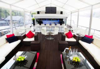 The Yacht London Summer Party, Top Deck