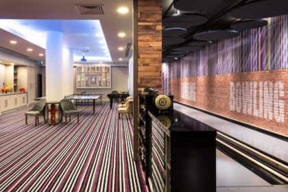 http://Courthouse%20Hotel%20Shoreditch,%20The%20Bowling%20Room