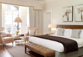 Deluxe King Suite at Claridge's Hotel