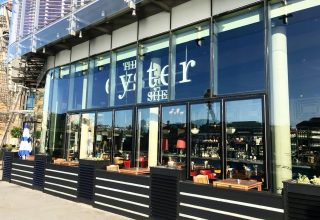 Oyster Shed Summer Dining, Outside space