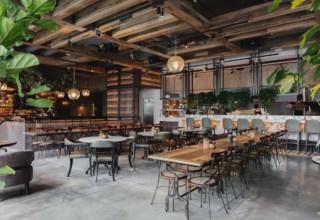 The Kitty Hawk Brunching, Restaurant