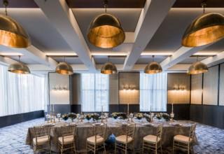 Hart Room - Amora Hotel Jamison Sydney-min