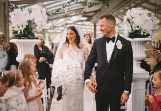 The-Terrace-Royal-Botanic-Gardens-Melbourne-Wedding-Couple