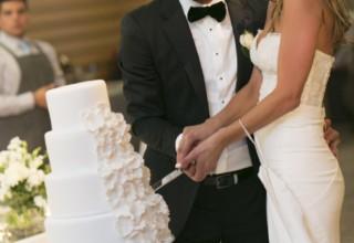 ZINC Federation Square Melbourne weddings, wedding couple cutting cake
