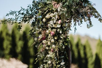 The Woodhouse Wollombi wedding arbour floral display