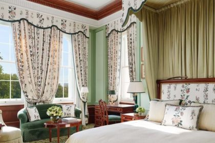 The Lanesborough London Luxury Junior Suite Accommodation