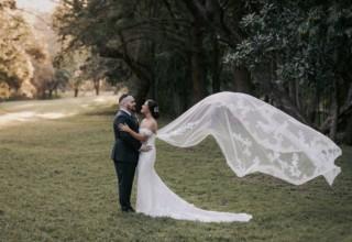 Bundaleer Rainforest Gardens Brisbane Wedding Venue Portrait Couple Outside