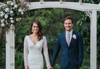 Bundaleer Rainforest Gardens Brisbane Wedding Venue Outdoor Ceremony Couple