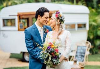 Bundaleer Rainforest Gardens Brisbane Wedding Venue Couple Outdoor Portrait